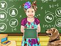 Малышка Джулия изучает математику